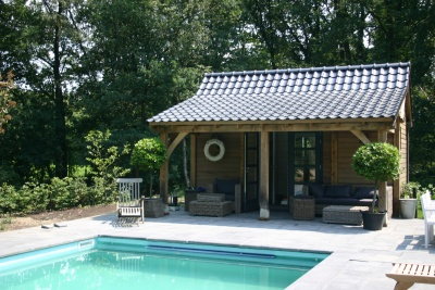 eiken poolhouse